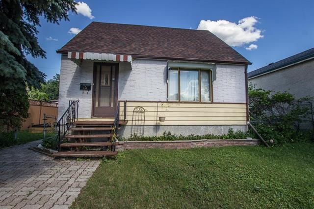 Main Photo: 369 Ferry Road in Winnipeg: St James Residential for sale (5E)  : MLS®# 1917777