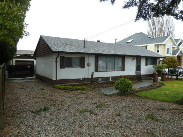 Main Photo:  in Surrey: Home for sale : MLS®# F1403965