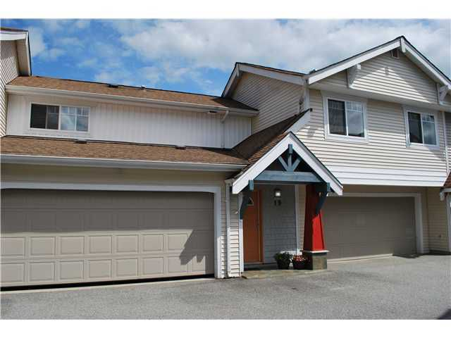 Main Photo: # 19 1821 WILLOW CR in Squamish: Garibaldi Estates Condo for sale : MLS®# V1106717