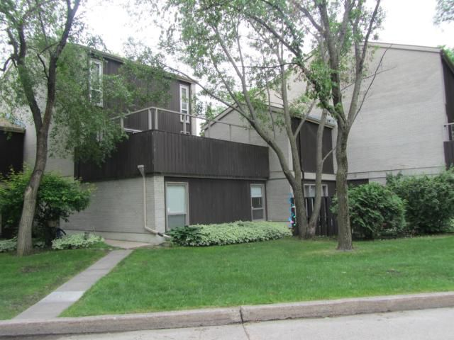 Main Photo: 1 Snow Street in WINNIPEG: Fort Garry / Whyte Ridge / St Norbert Condominium for sale (South Winnipeg)  : MLS®# 1212690
