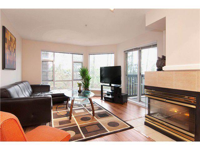 "Main Photo: 301 22233 RIVER Road in Maple Ridge: West Central Condo for sale in ""RIVER GARDENS"" : MLS®# V988700"