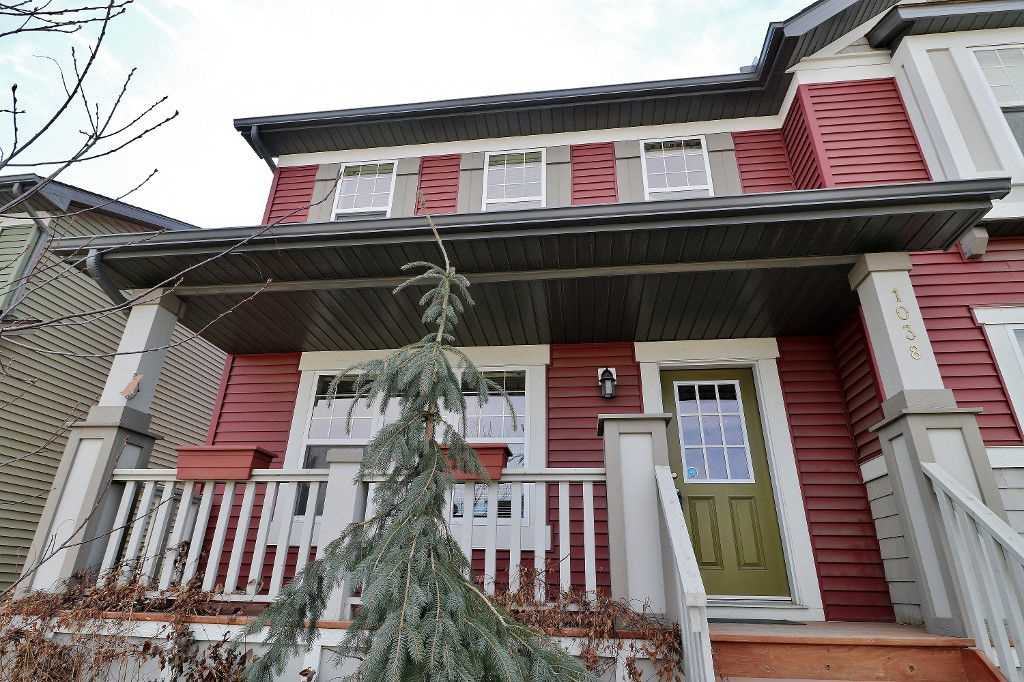 Main Photo: 1038 Panatella Boulevard NW in Calgary: House for sale : MLS®# c4056377