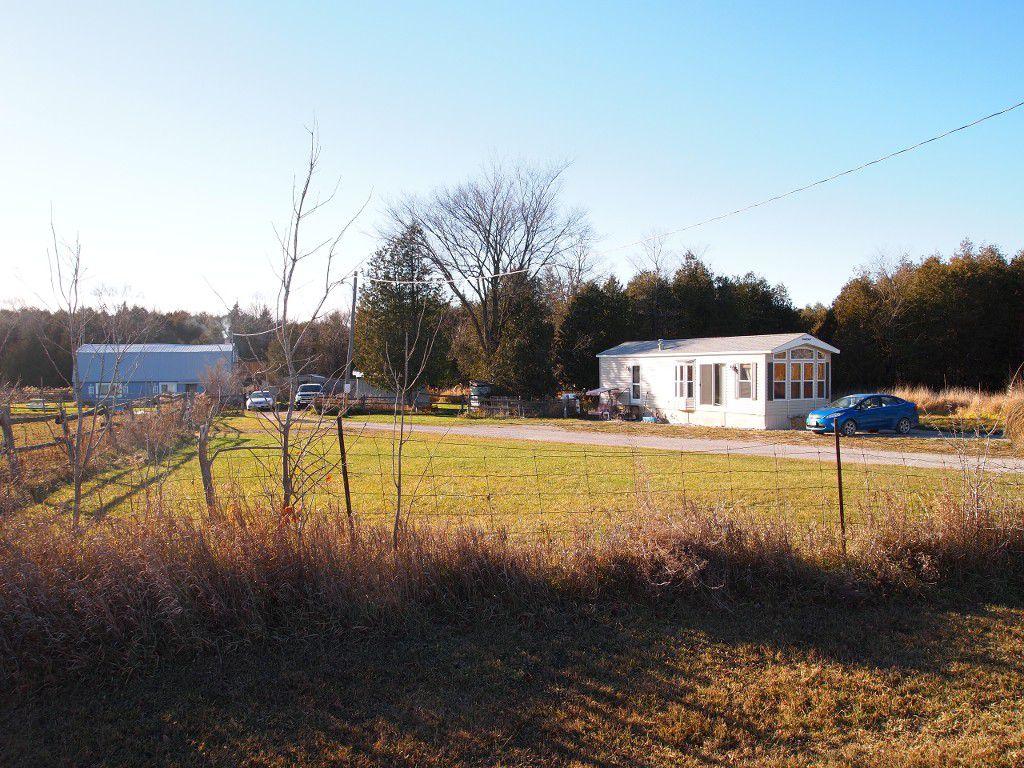 Main Photo: 547 Windmere Road: Woodville Freehold for sale (Kawartha Lakes)  : MLS®# X3661427