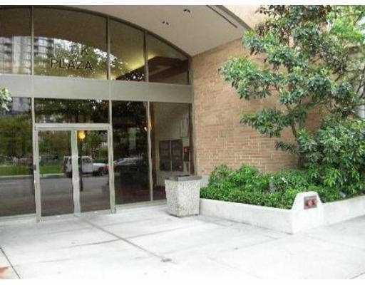 """Main Photo: 1188 RICHARDS Street in Vancouver: Downtown VW Condo for sale in """"PARK PLAZA"""" (Vancouver West)  : MLS®# V625666"""