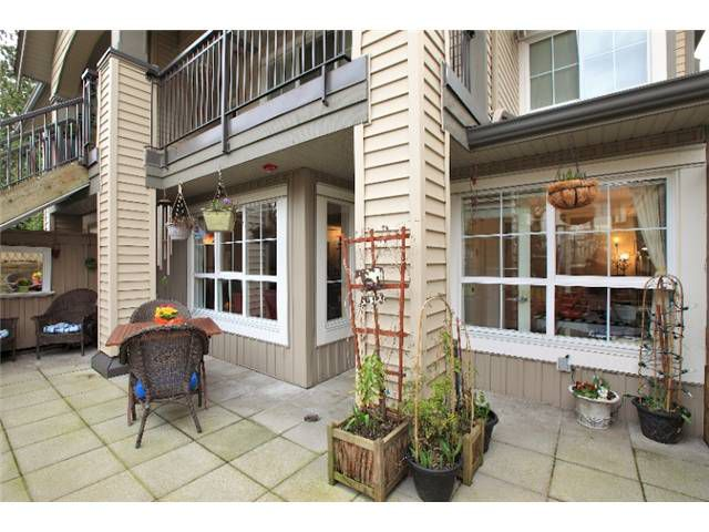Patio/Deck: Spacious and gated terrace ideal for outdoor BBQs and sun bathing with all the peace needed to lose yourself in your favourite book.