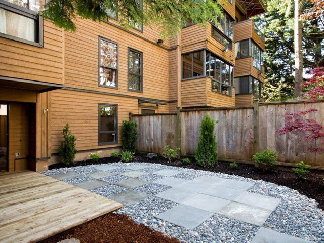 "Main Photo: # 105 1435 NELSON ST in Vancouver: West End VW Condo for sale in ""WESTPORT"" (Vancouver West)  : MLS®# V1004825"