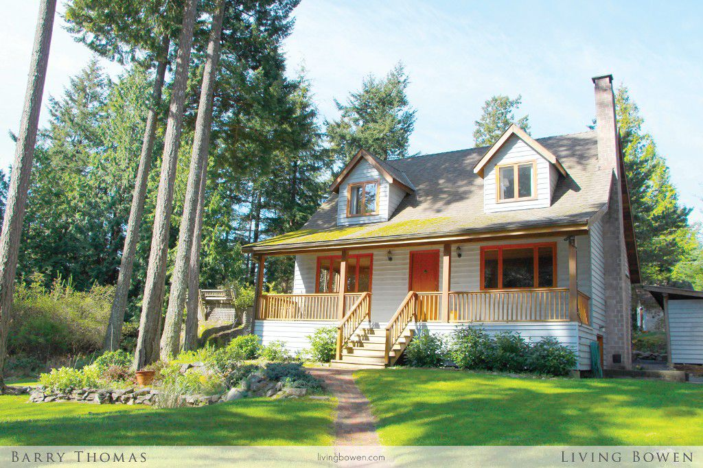 Main Photo: 1253 Eagles Nest Road in Bowen Island: Timber Groves House for sale : MLS®# V1060088