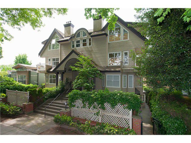 Main Photo: 1445 WALNUT ST in Vancouver: Kitsilano Condo for sale (Vancouver West)  : MLS®# V1103119