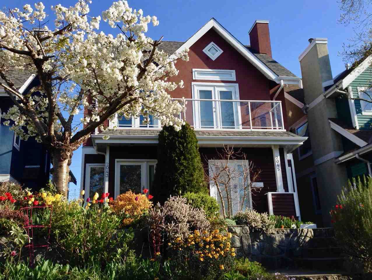 Main Photo: 2043 E 5TH AVENUE in Vancouver: Grandview VE House 1/2 Duplex for sale (Vancouver East)  : MLS®# R2304566