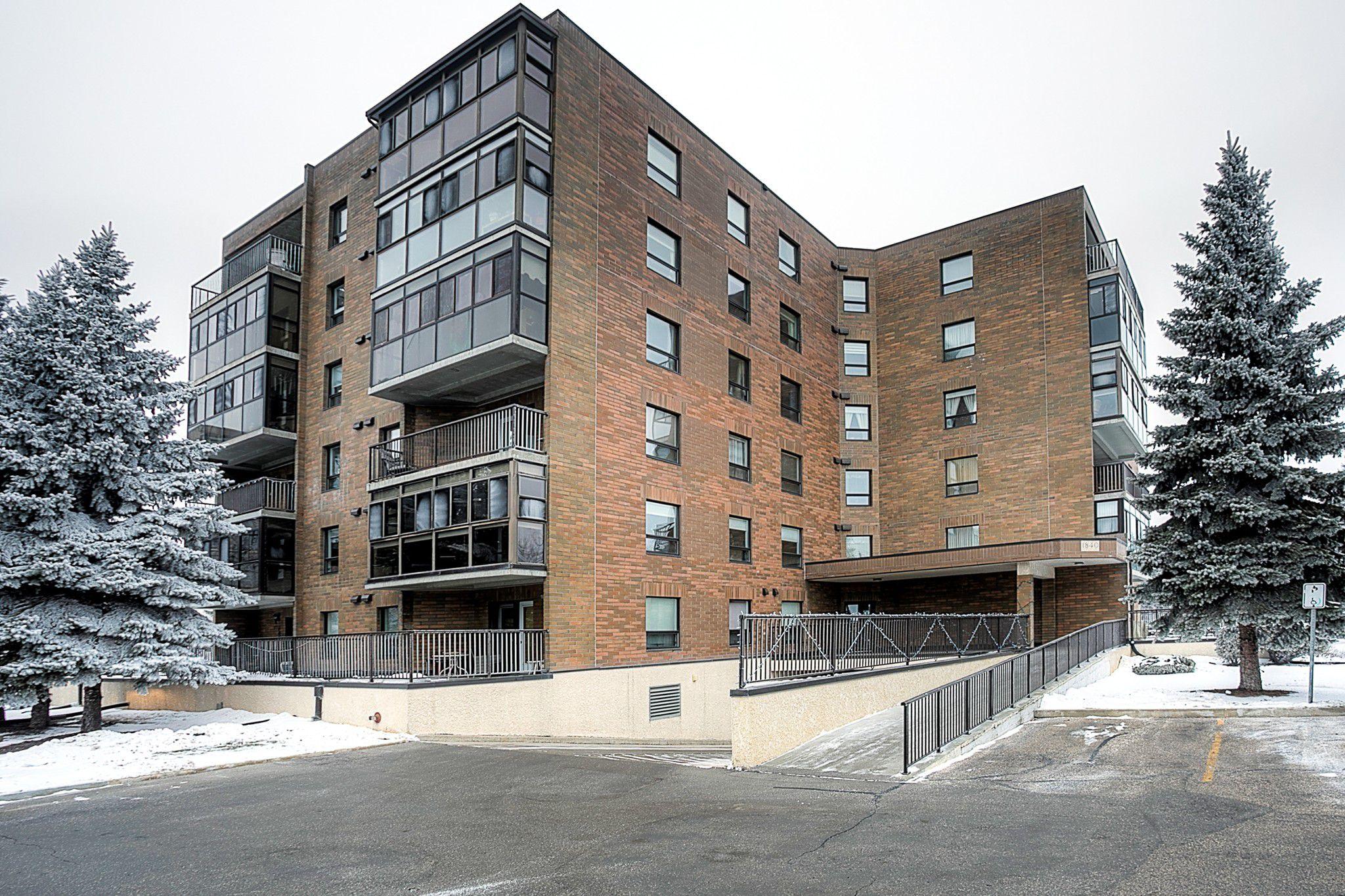 Main Photo: 303 1840 Henderson Highway in Winnipeg: North Kildonan Condominium for sale (3G)  : MLS®# 1831575