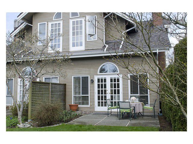 """Main Photo: 635 W 27TH Avenue in Vancouver: Cambie Townhouse for sale in """"Grace Estates"""" (Vancouver West)  : MLS®# V997460"""