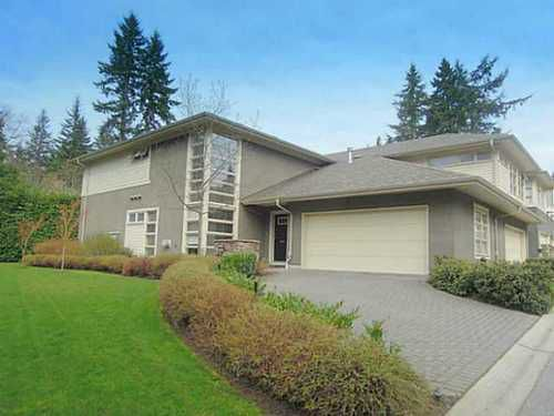 Main Photo: 38 3750 EDGEMONT Blvd in Capilano Highlands: Home for sale : MLS®# V999418