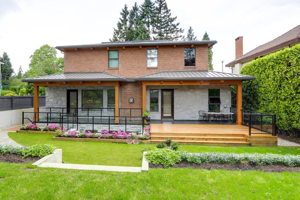 Main Photo: 4684 West 4th Avenue in Vancouver: Kitsilano House for sale (Vancouver West)