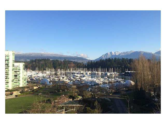 Main Photo: 702 1650 Bayshore Drive in Vancouver: Coal Harbour Condo for sale (Vancouver West)  : MLS®# V1064068