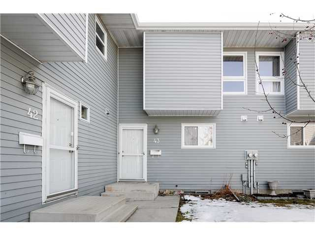 Main Photo: # 43 15710 BEAUMARIS RD in : Zone 27 Townhouse for sale (Edmonton)  : MLS®# E3409307