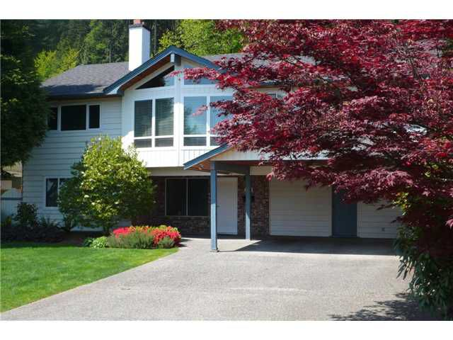 Main Photo: 554 E BRAEMAR Road in North Vancouver: Braemar House for sale : MLS®# V952417