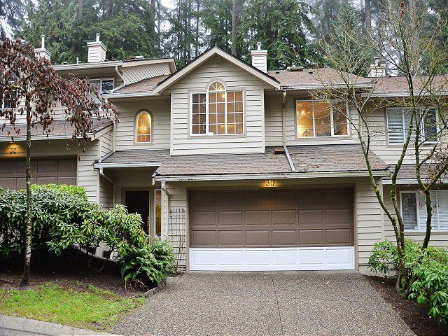 """Main Photo: 30 DEERWOOD Place in Port Moody: Heritage Mountain Townhouse for sale in """"HERITAGE GARDENS"""" : MLS®# V987916"""