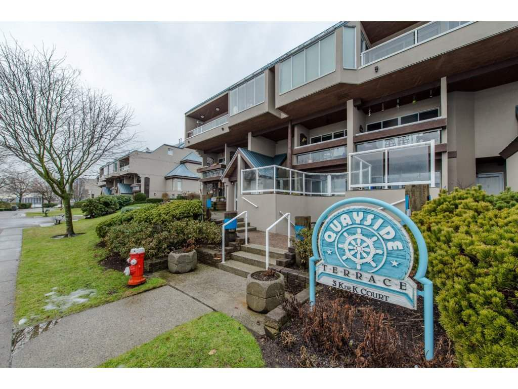 Main Photo: # 405 - 3 K DE K Court in New Westminster: Quay Condo for sale : MLS®# R2132103