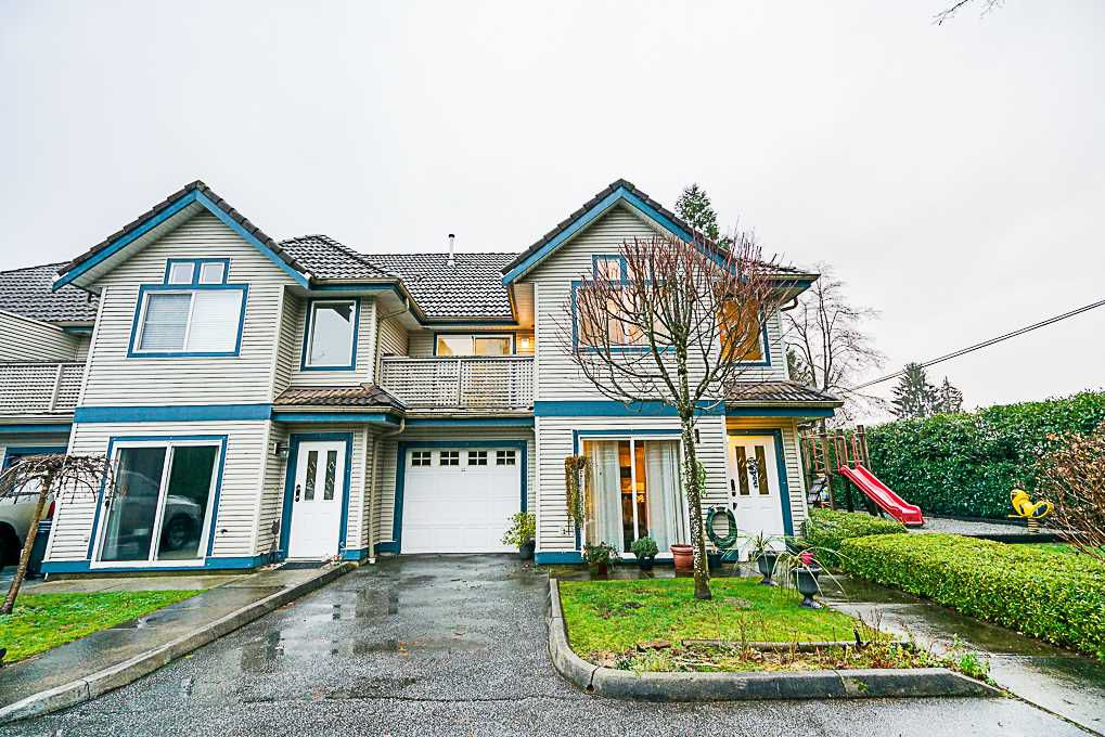 Main Photo: 10 21453 DEWDNEY TRUNK ROAD in Maple Ridge: West Central Townhouse for sale : MLS®# R2329290