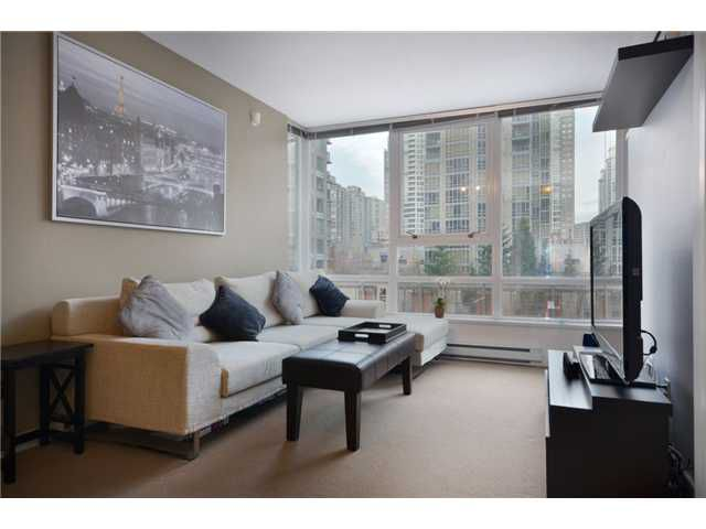"""Main Photo: 609 928 BEATTY Street in Vancouver: Yaletown Condo for sale in """"THE MAX"""" (Vancouver West)  : MLS®# V928813"""