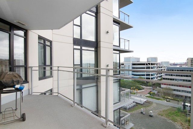 Photo 17: Photos: 711 175 W 1ST STREET in North Vancouver: Lower Lonsdale Condo for sale : MLS®# R2055650