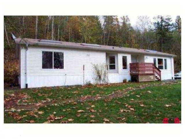 Main Photo: 2061 Fielder Road in Agassiz: Harrison Mills Manufactured Home for sale : MLS®# H1404371