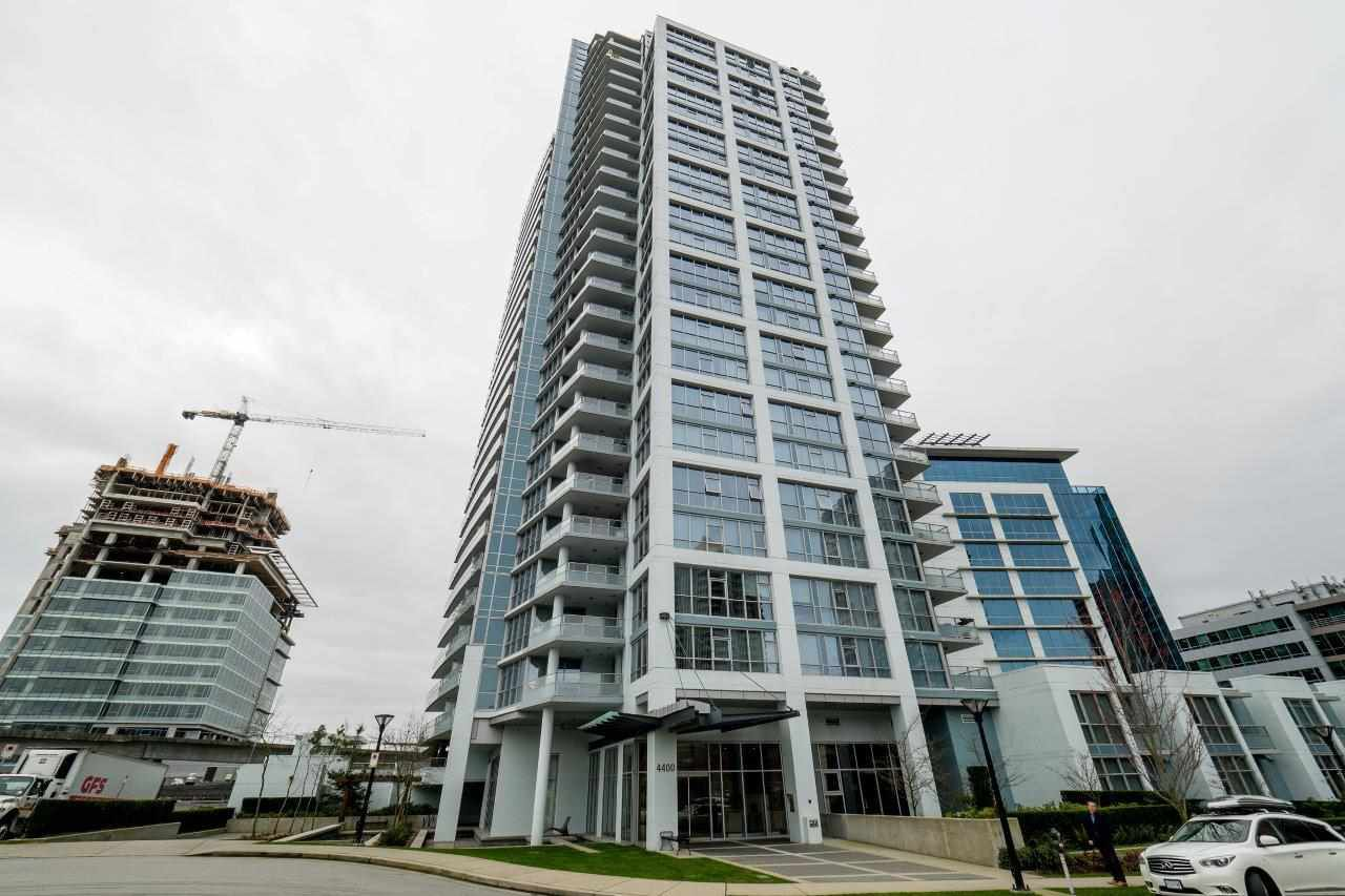 Main Photo: 2006 4400 BUCHANAN STREET in Burnaby: Brentwood Park Condo for sale (Burnaby North)  : MLS®# R2043903
