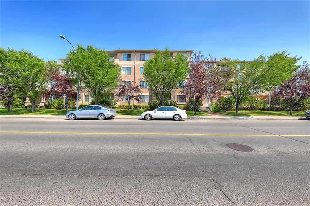 Main Photo: #201 15320 BANNISTER RD SE in Calgary: Midnapore Condo for sale : MLS®# C4201654