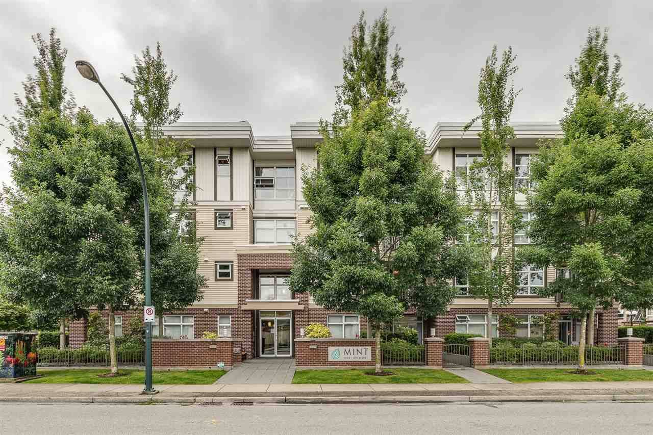 "Main Photo: 201 15168 19 Avenue in Surrey: Sunnyside Park Surrey Condo for sale in ""The Mint"" (South Surrey White Rock)  : MLS®# R2388205"
