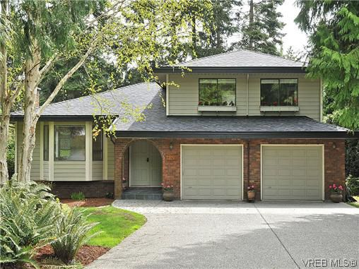 Main Photo: NORTH SAANICH REAL ESTATE = DEAN PARK HOME For Sale SOLD With Ann Watley