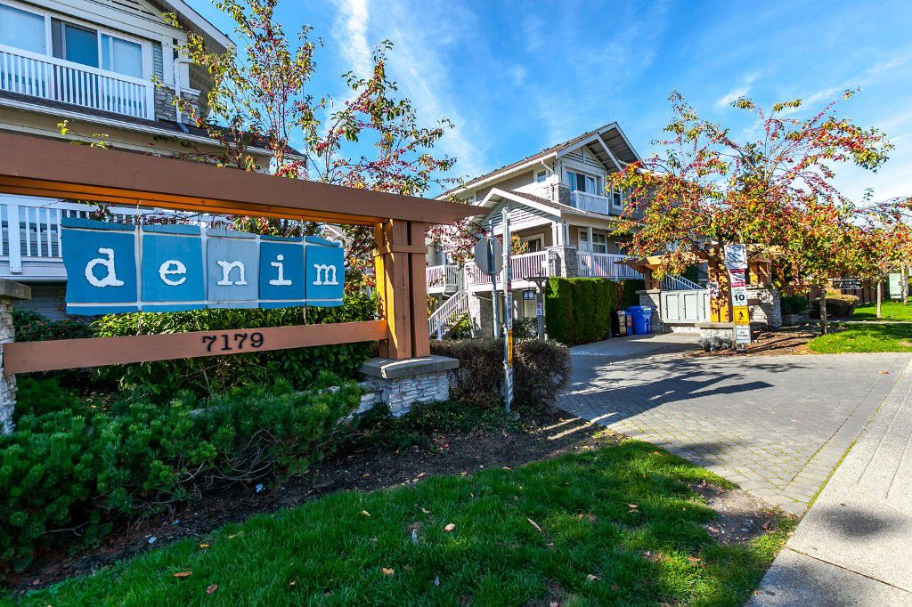 Main Photo: #103 7179 201 Street in Langley: Willoughby Townhouse for sale : MLS®# R2116358