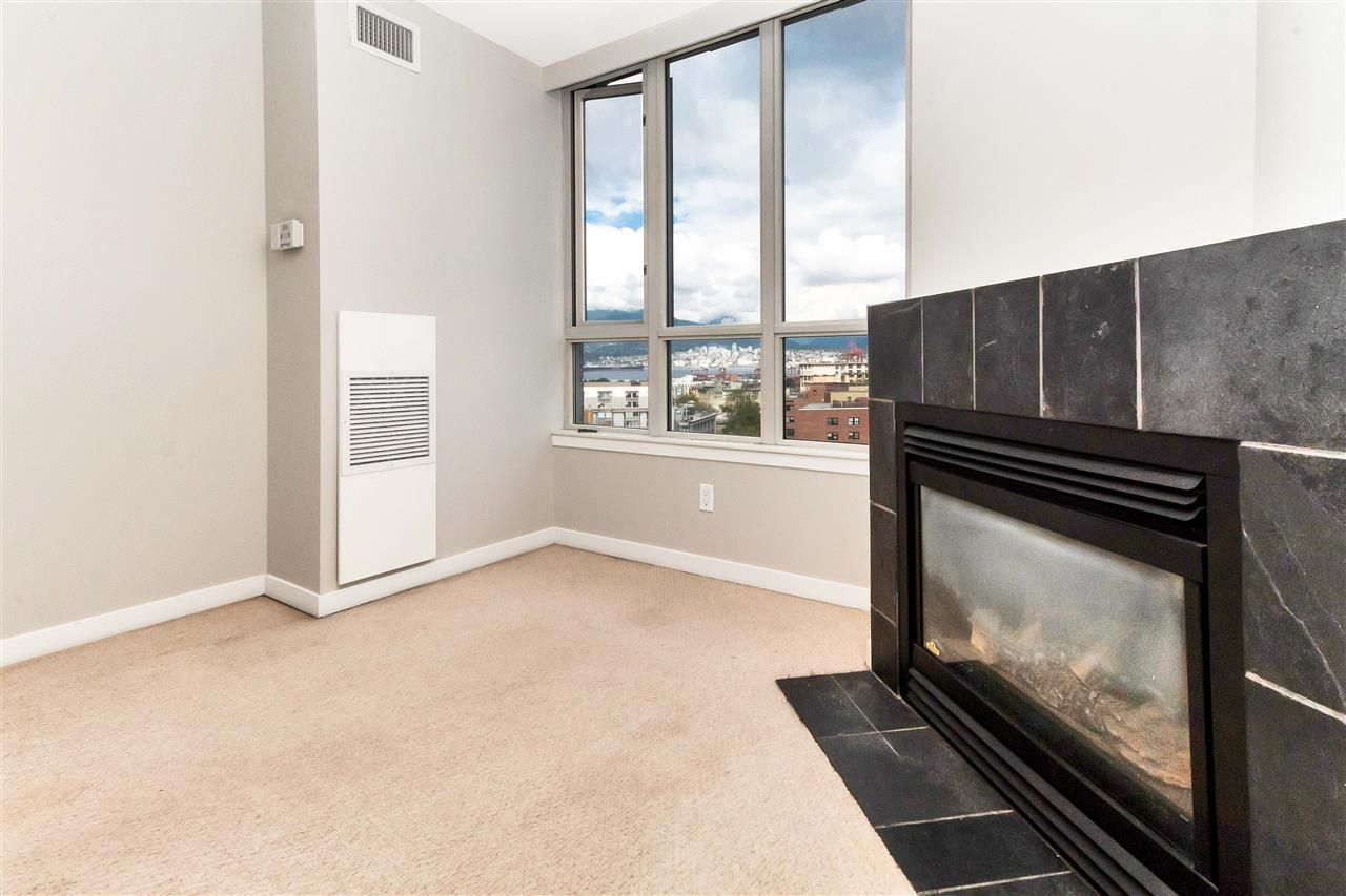 Main Photo: 1607 63 KEEFER PLACE in Vancouver: Downtown VW Condo for sale (Vancouver West)  : MLS®# R2304537