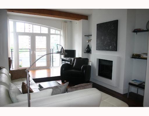 Main Photo: 407 1275 HAMILTON STREET in : Yaletown Condo for sale : MLS®# V728204