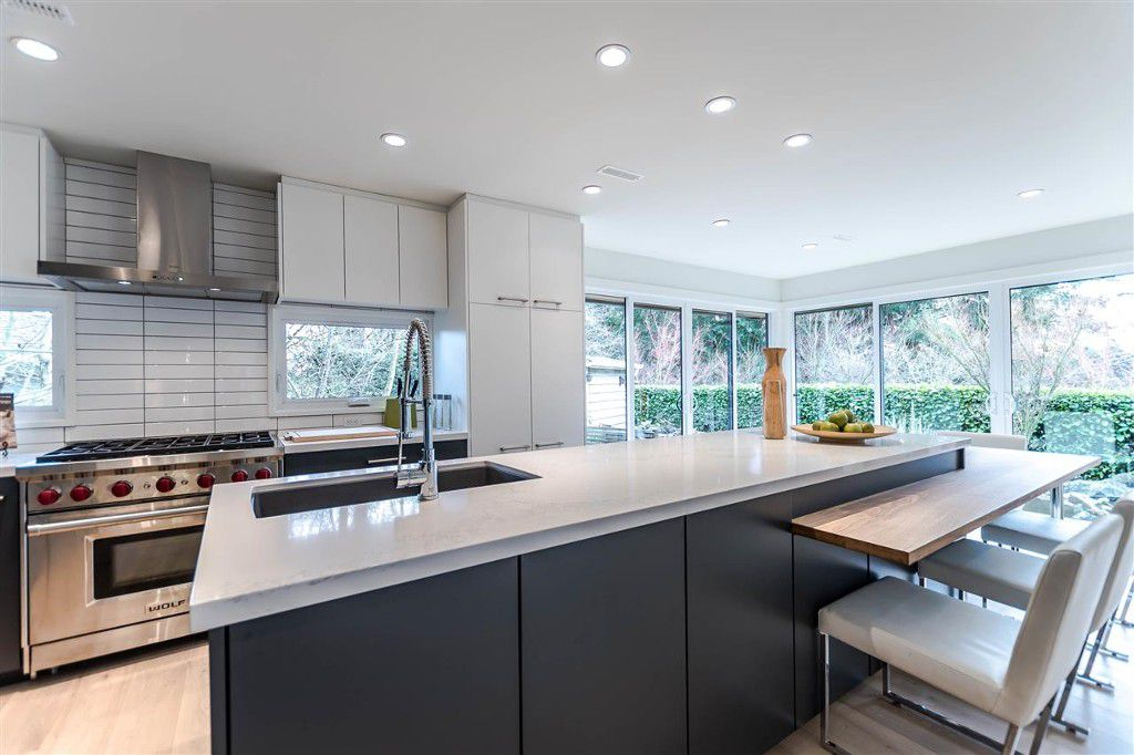 Main Photo: 3404 Ayr Avenue in North Vancouver: Edgemont House for sale : MLS®# R2145157