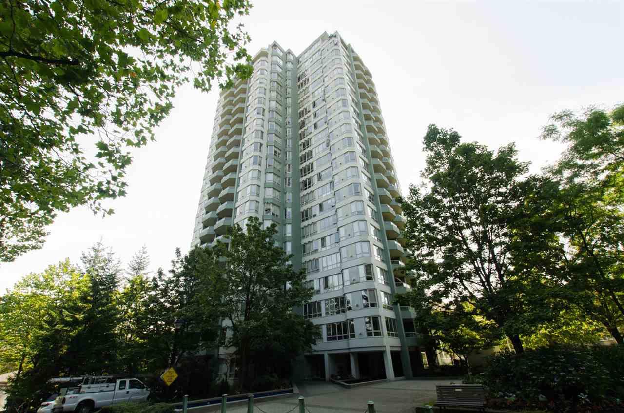 Main Photo: 304 10082 148 STREET in Surrey: Guildford Condo for sale (North Surrey)  : MLS®# R2152962