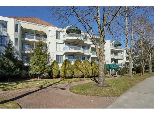 Main Photo: 201 1785 MARTIN DRIVE in Surrey: Sunnyside Park Surrey Condo for sale (South Surrey White Rock)  : MLS®# R2343888