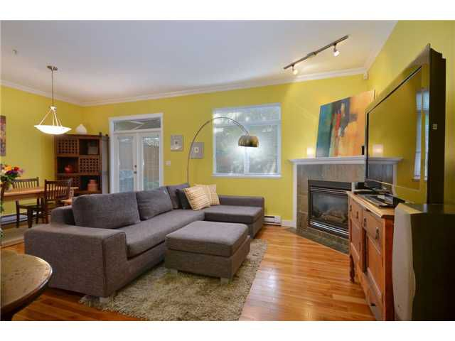 """Main Photo: 2088 VICTORIA Drive in Vancouver: Grandview VE House 1/2 Duplex for sale in """"The Drive"""" (Vancouver East)  : MLS®# V949053"""