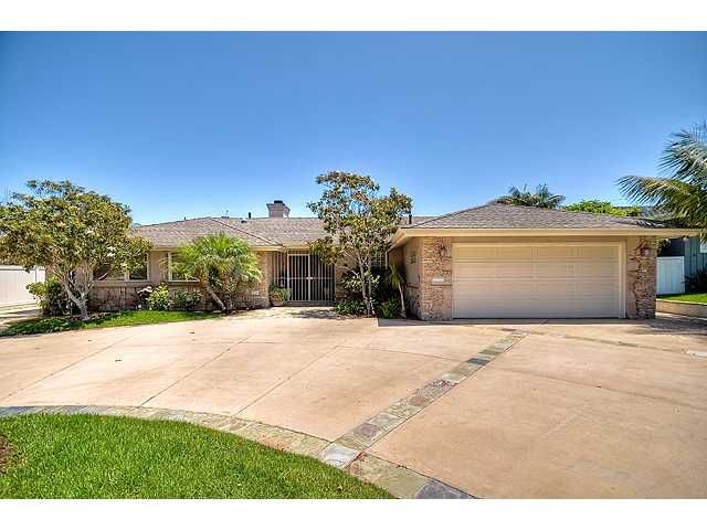 Main Photo: POINT LOMA House for sale : 3 bedrooms : 1261 Fleetridge Drive in San Diego