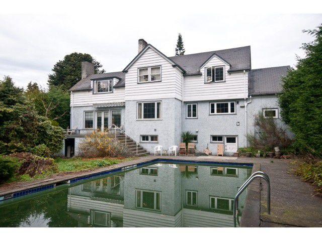 Main Photo: 2052 Inglewood Av in West Vancouver: Ambleside House for sale : MLS®# V1066221