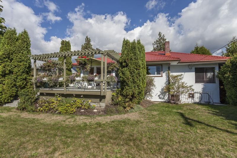 Main Photo: 2809 EDGEMONT BOULEVARD in NORTH VANC: Edgemont House for sale (North Vancouver)  : MLS®# R2002414