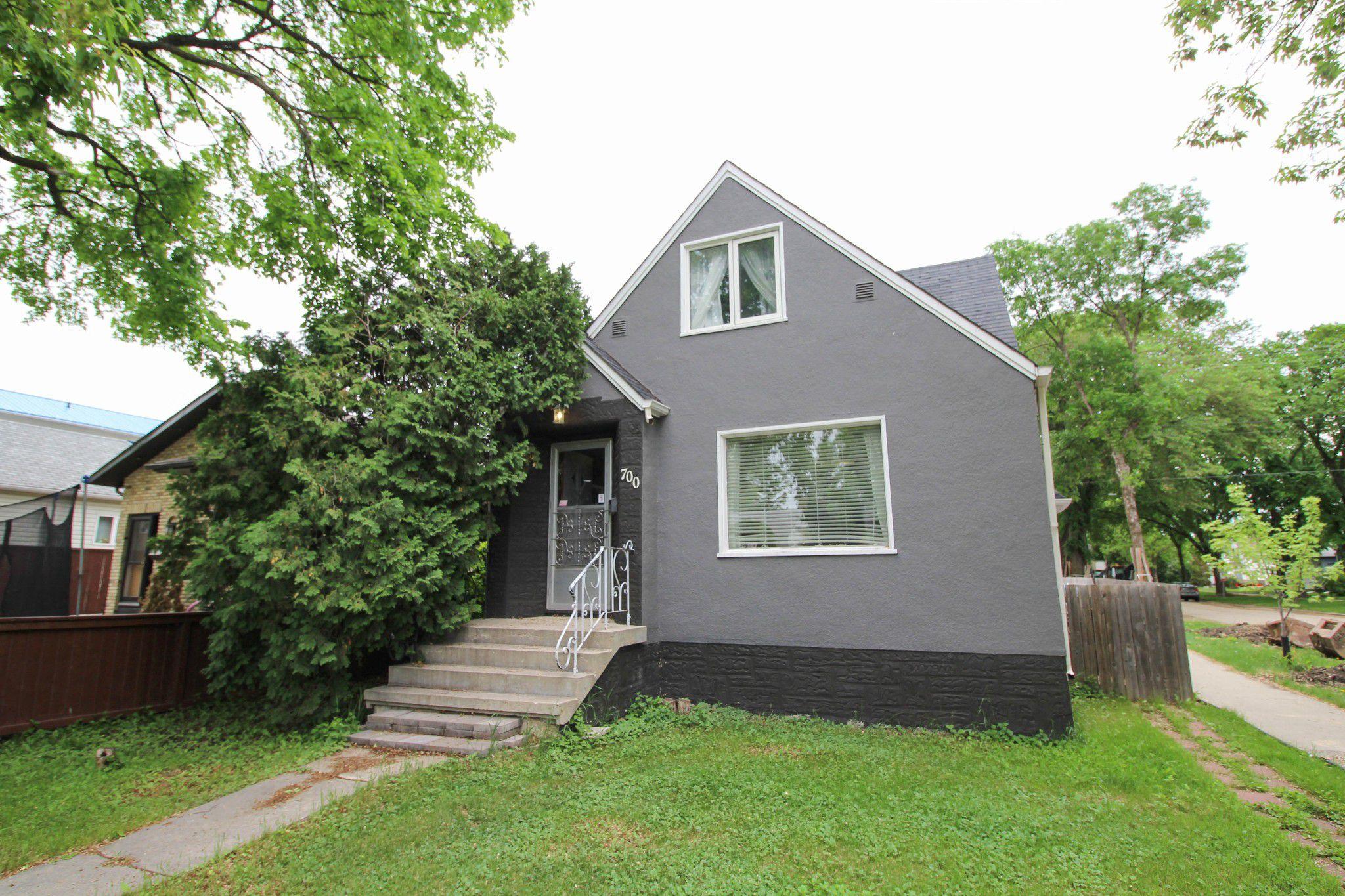 Main Photo: 5 Bedroom Transcona home beautifully upgraded!