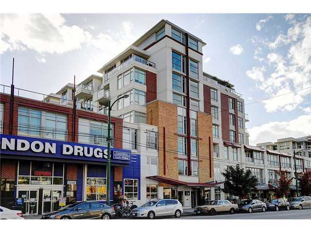 "Main Photo: 519 2268 W BROADWAY in Vancouver: Kitsilano Condo for sale in ""The Vine"" (Vancouver West)  : MLS®# V996549"