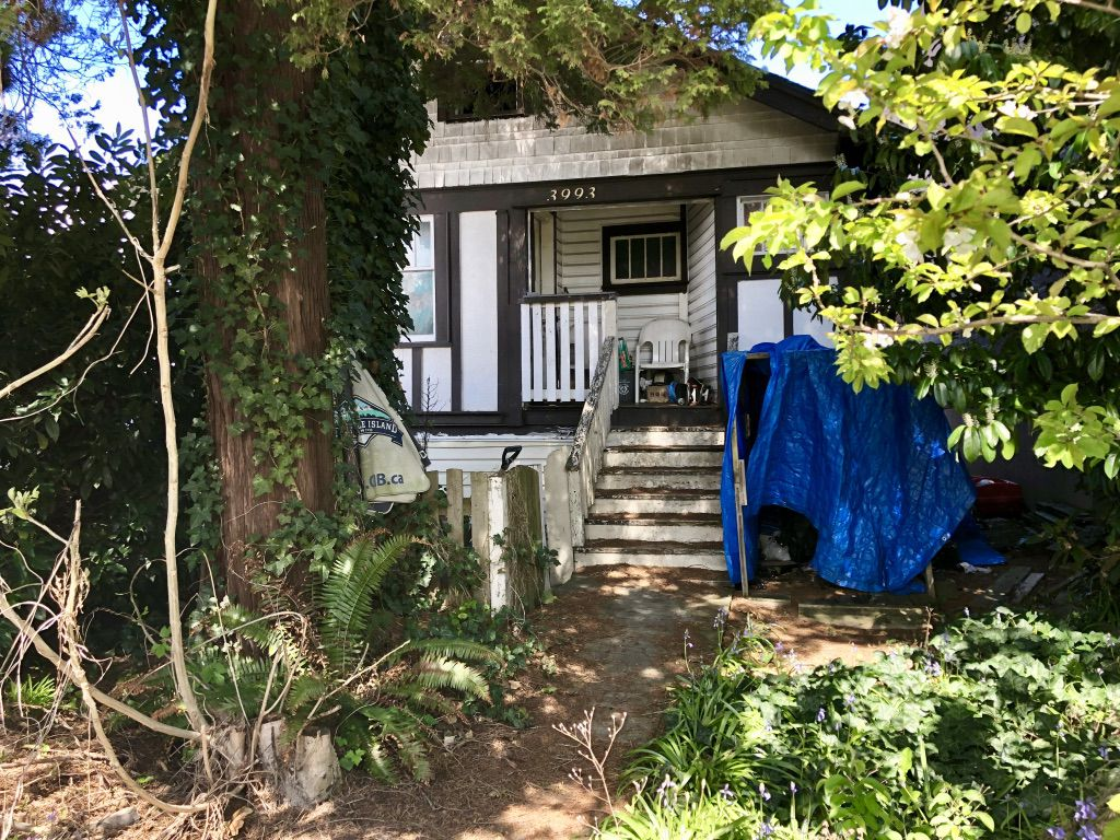 Main Photo: 3993 Grant St. in Burnaby: Willingdon Heights Industrial for sale (Burnaby North)  : MLS®# C8025085