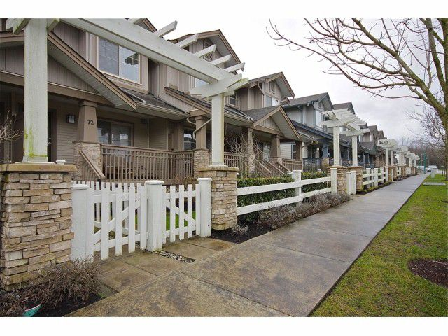 """Main Photo: 72 19250 65TH Avenue in Surrey: Clayton Townhouse for sale in """"SUNBERRY COURT"""" (Cloverdale)  : MLS®# F1302925"""