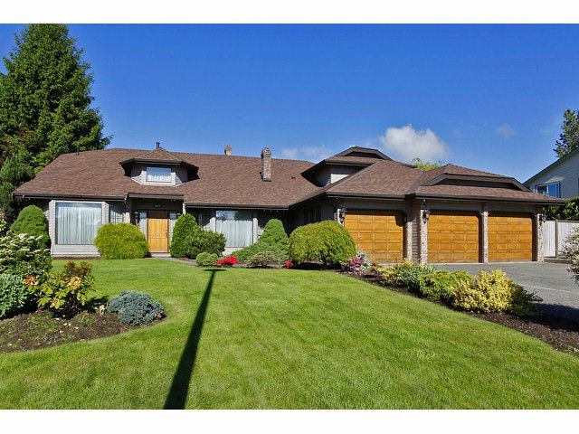 Main Photo: 5929 191A Street in Surrey: Cloverdale BC House for sale (Cloverdale)  : MLS®# F1312349