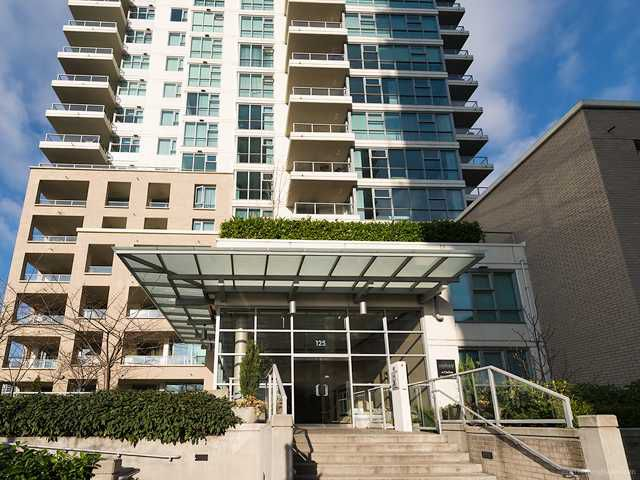 Main Photo: 125 Milross Avenue in Vancouver: Mount Pleasant VE Condo for sale (Vancouver East)  : MLS®# V1042671