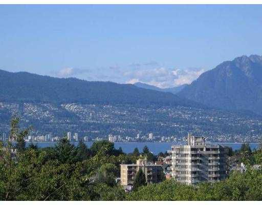 Main Photo: 3820 W 11TH AV in Vancouver: Point Grey House for sale (Vancouver West)  : MLS®# V609619
