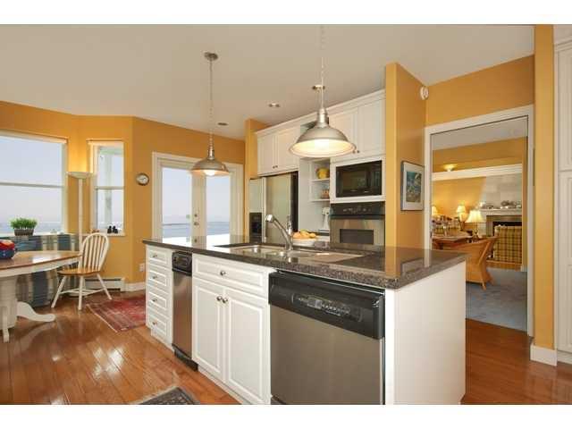 Photo 5: Photos: 3435 BEACH Avenue: Roberts Creek House for sale (Sunshine Coast)  : MLS®# V976445