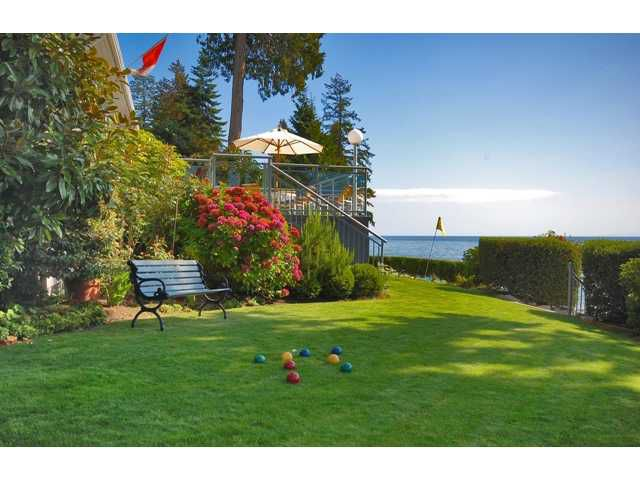 Photo 10: Photos: 3435 BEACH Avenue: Roberts Creek House for sale (Sunshine Coast)  : MLS®# V976445