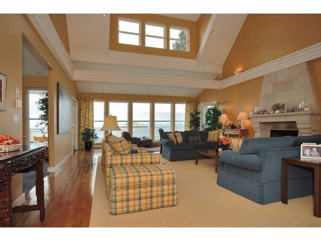 Photo 3: Photos: 3435 BEACH Avenue: Roberts Creek House for sale (Sunshine Coast)  : MLS®# V976445